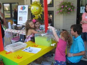 Pictures from 2013 Lemonade and Bake Sale!